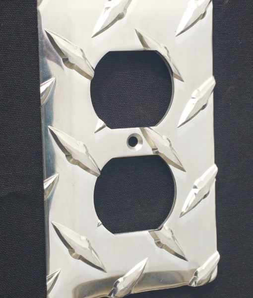 Diamond Plate single outlet cover from The Metal Link